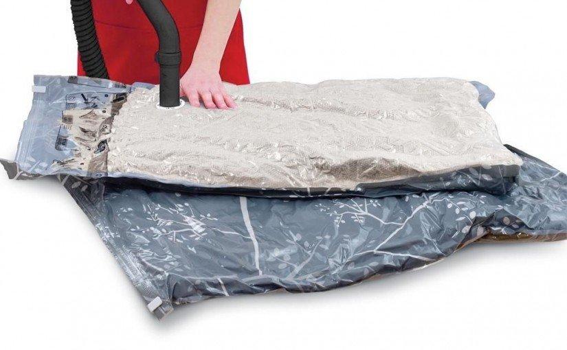 Organizarea hainelor e mai eficientă cu saci vidat
