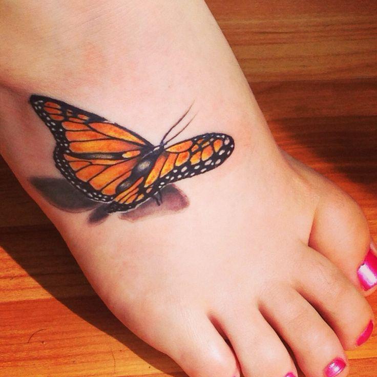 tatuaje fluture