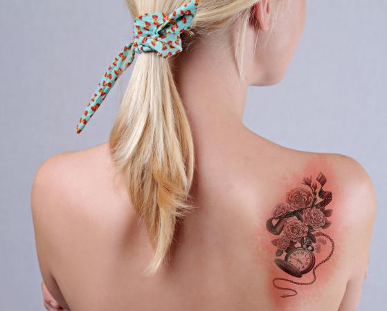 Cum să identificați un tatuaj infectat